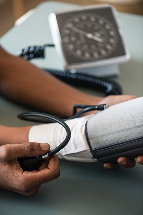What is the daily pattern of blood pressure?