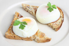 Eating an egg a day may lower your risk of cardiovascular disease