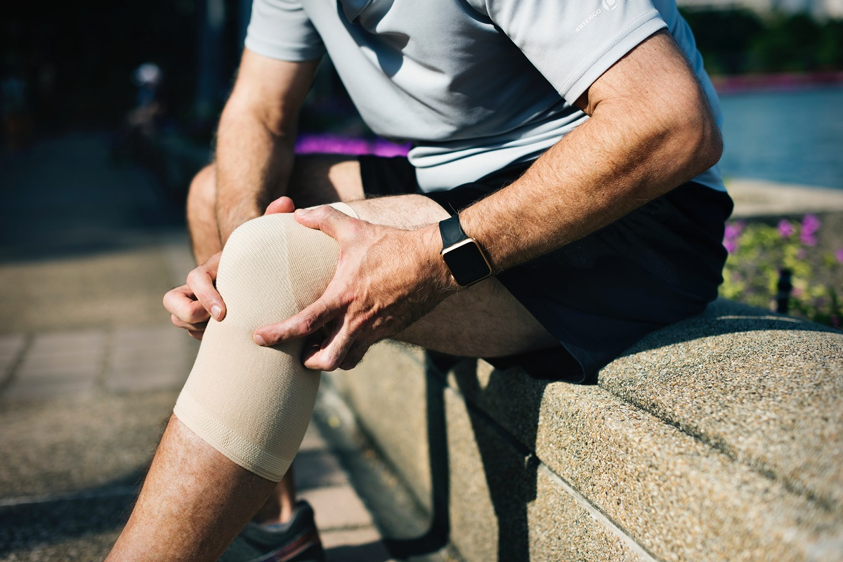 Injuries to the knee increase the risk of osteoarthritis